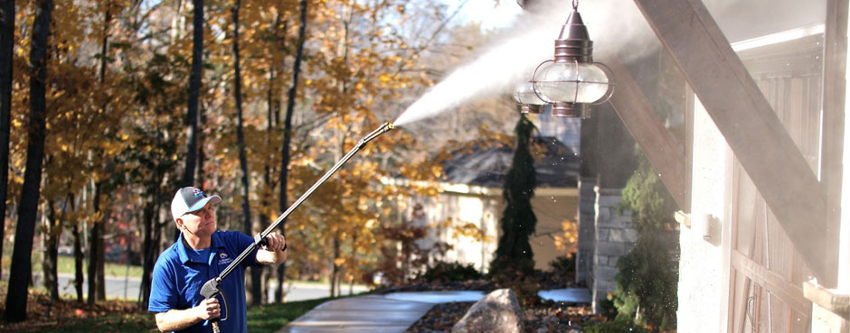 Residential and Commercial Power Washing Services